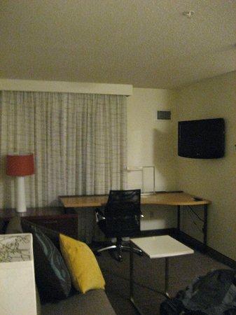 Residence Inn Mystic Groton: Living Room