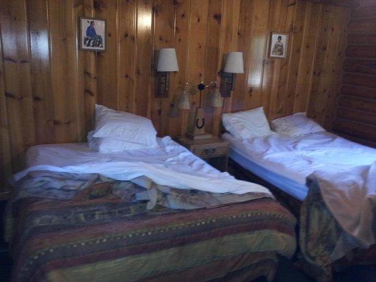 Hatchet Resort: No Headboard as shown on site, and cheap mattresses.