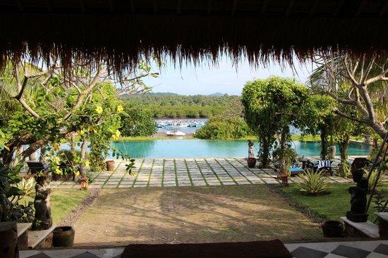Naya Gawana Resort & Spa: La vue en arrivant
