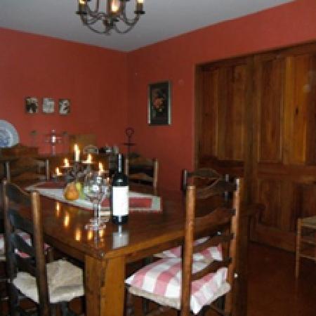 Waiwurrie Coastal Farm Lodge: dining room