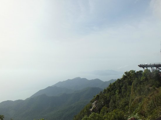 Gunung Mat Cincang: View of other hills