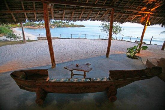 Karamba Restaurant: Views from Bar