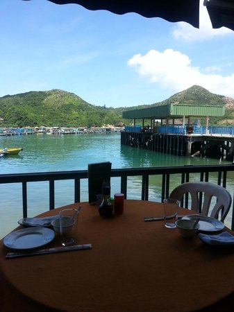 Lamma Mandarin Seafood: View from my table of the harbour