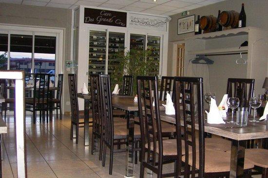 Salle A Manger Et Cave A Vins Photo De Logis Les Charmilles Lux