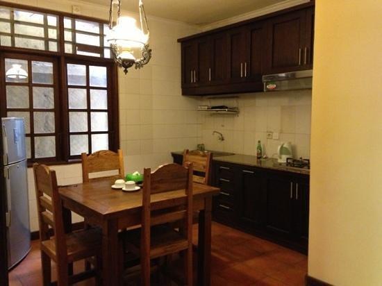 Bali Segara Hotel : keuken familyroom begane grond