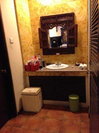Bali Segara Hotel: wastafel