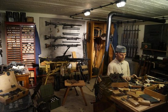 A view inside the Arms Room -- excellent description of weapons ...