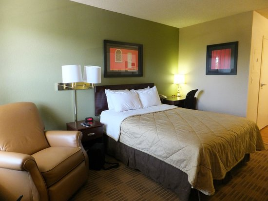 Extended Stay America - Sacramento - Arden Way : Comfortable bed