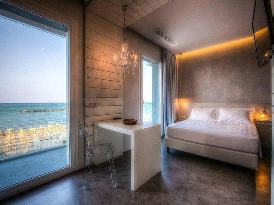 Bell Suite Hotel: suite