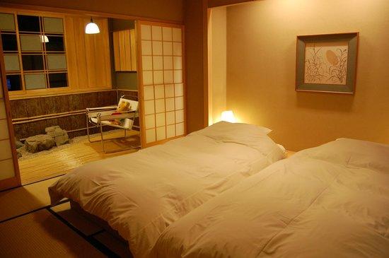 Araya Totoan: 部屋+風呂