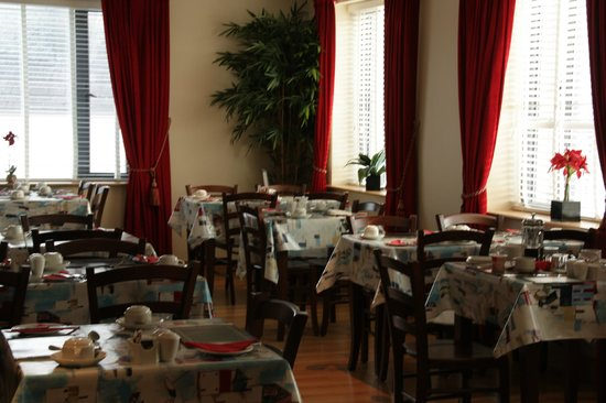 Kinvara Guesthouse: Salle du petit-déjeuner.