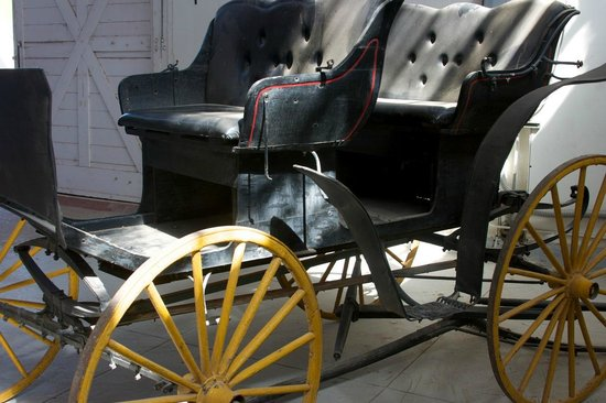Yuma Quartermaster Depot State Historic Park: Vintage car