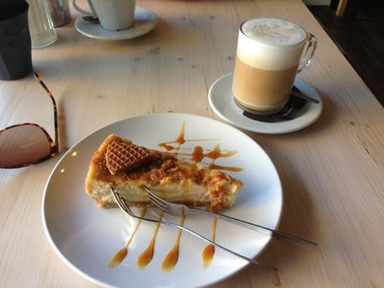 Cheesecake Company: Honey and waffle cheesecake