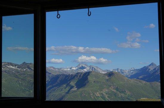 Berggasthaus Gotschnagrat: Sicht aus Zimmer 38