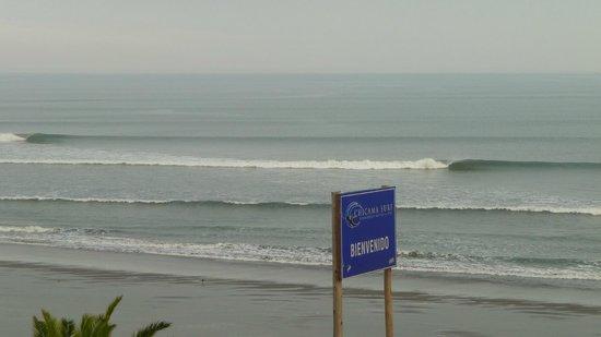 Chicama Surf Hotel & Spa: vista del restaurante