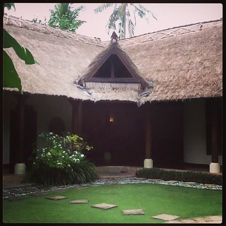 Jimbaran Bay Villas: From the villa gate