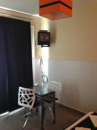 Hostal Oxum: Zimmer Mit LCD :))