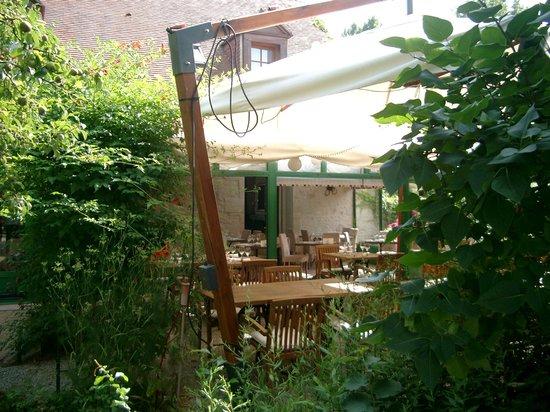 Auberge de Launay : Restaurant Terrace