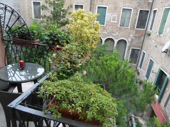 Ca' dei Dogi: Private balcony