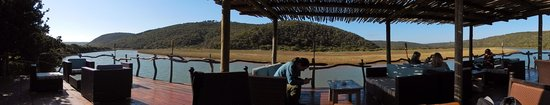Kariega River Lodge: River Lodge Deck