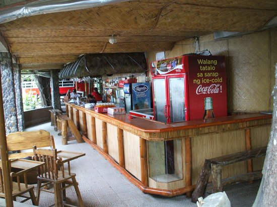 Anahaw Island View Resort: bar area and food orders