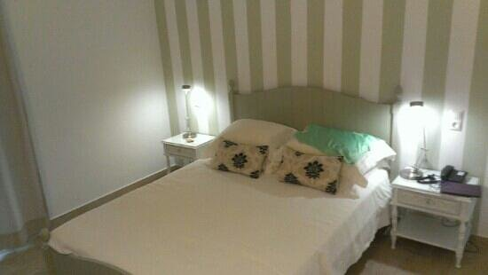 Apollon Boutique Hotel: nice room double bed