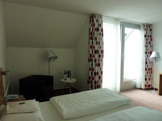 Stadthotel Munster: bedroom, family suite