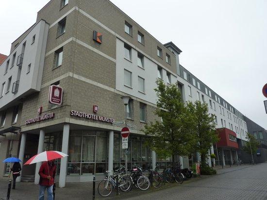 Stadthotel Munster: exterior, Stadhotel