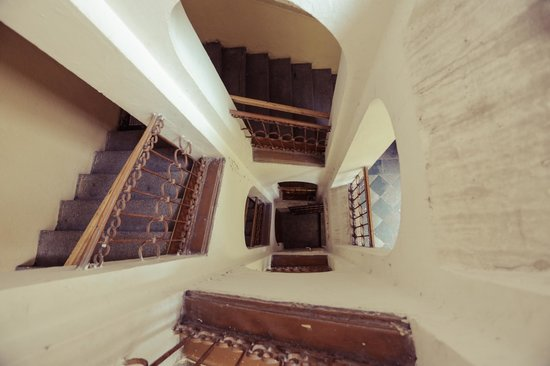 Charles Bridge Economic Hostel: Staircase