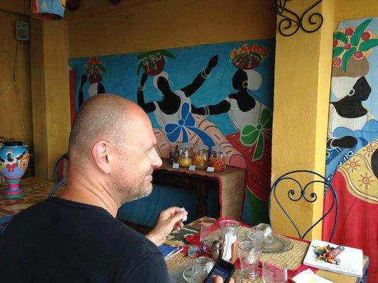 Pousada des Arts : Breakfast on the terrace