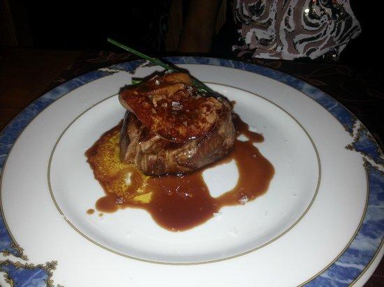 El Lajar de Bello: Filet steak with high grade foie gras