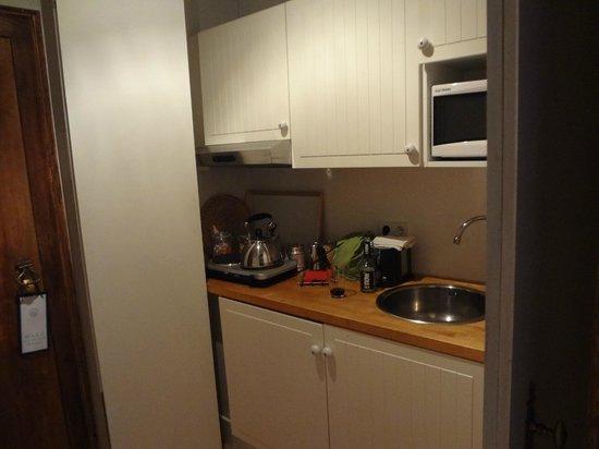 Mercador: kitchenette