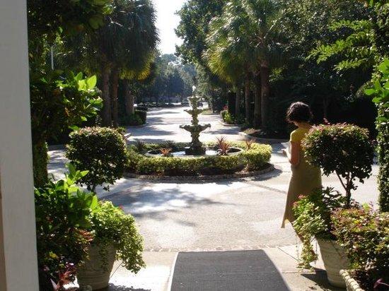 Main Street Inn & Spa: Walking area