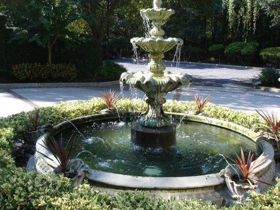 Main Street Inn & Spa: Fountain
