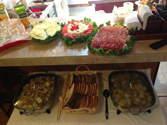 Albrightsville Farm House Bed and Breakfast: breakfast