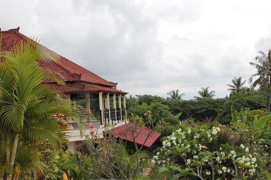 The Hamsa Bali Resort: Территория отеля