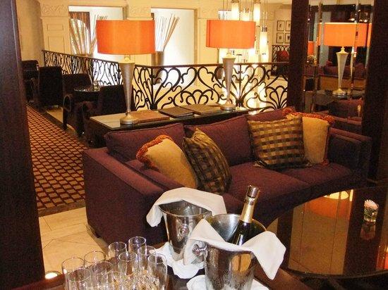 Corinthia Hotel Budapest: Executive Lounge