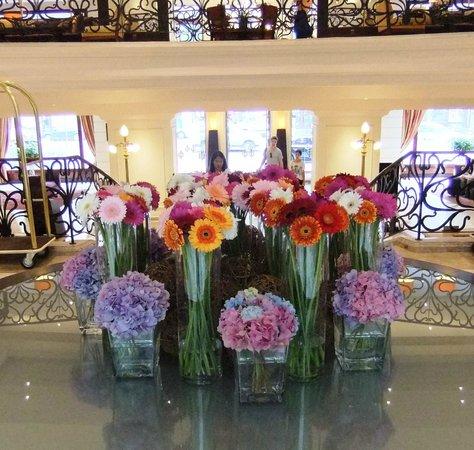 Corinthia Hotel Budapest: Flowers