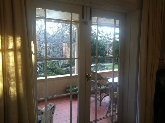 Silvermere Bed and Breakfast: View from inside out to the terrace.