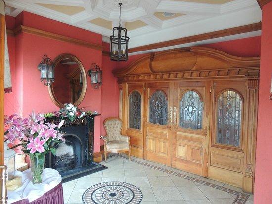 Lady Gregory Hotel: Eingangsbereich