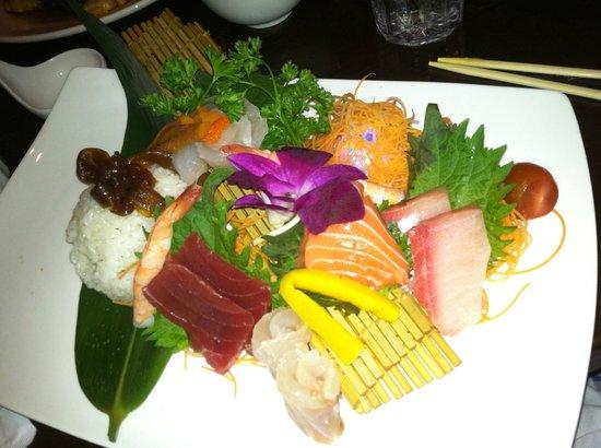 Wasabi: Chirashi Sushi