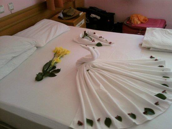 Fox Garden: Hotel Bed