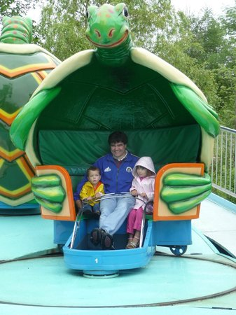 Story Land: Twisty turtles - spinning ride will make even adults dizzy