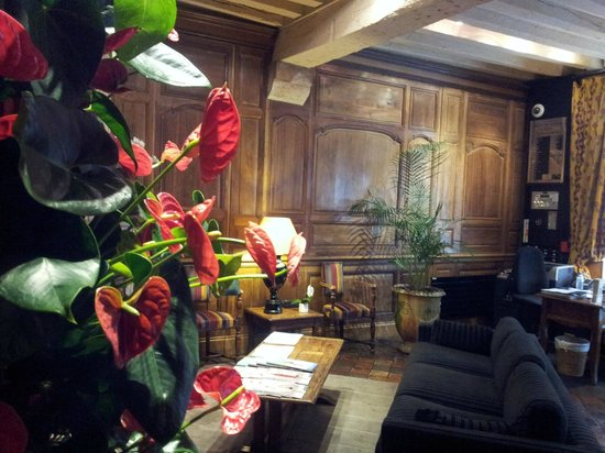 Hotel de Lutece: lobby
