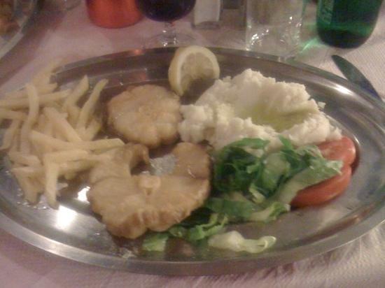Taverna Katerina: poisson a l'ail