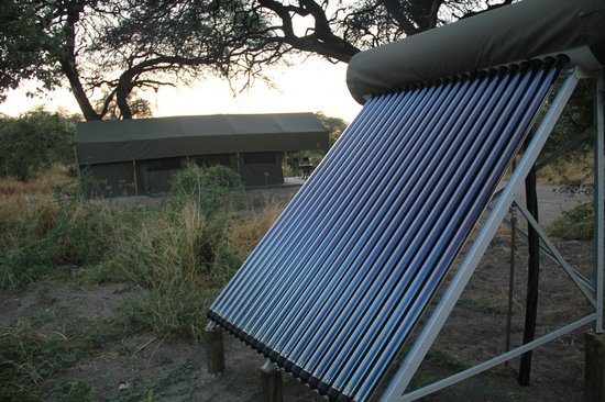 Mogotlho Safari Lodge: Full Green and Solar camp