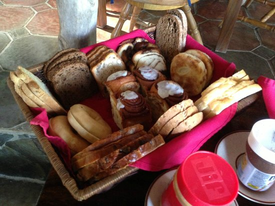 Rancho Armadillo Estate : Assortment of wonderful breads from nearby German bakery available at breakfast every day