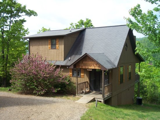 Laurel Mountain Cabins: One of our 2 bedroom cabins