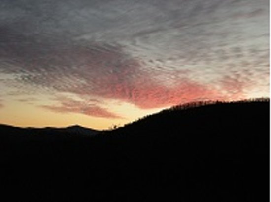 Laurel Mountain Cabins: Sunset from the back porch!