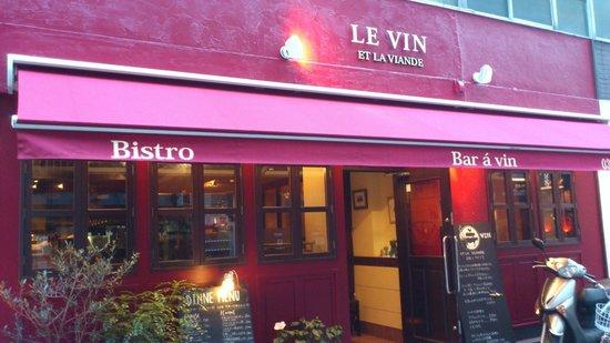 Le Vin Et La Viande